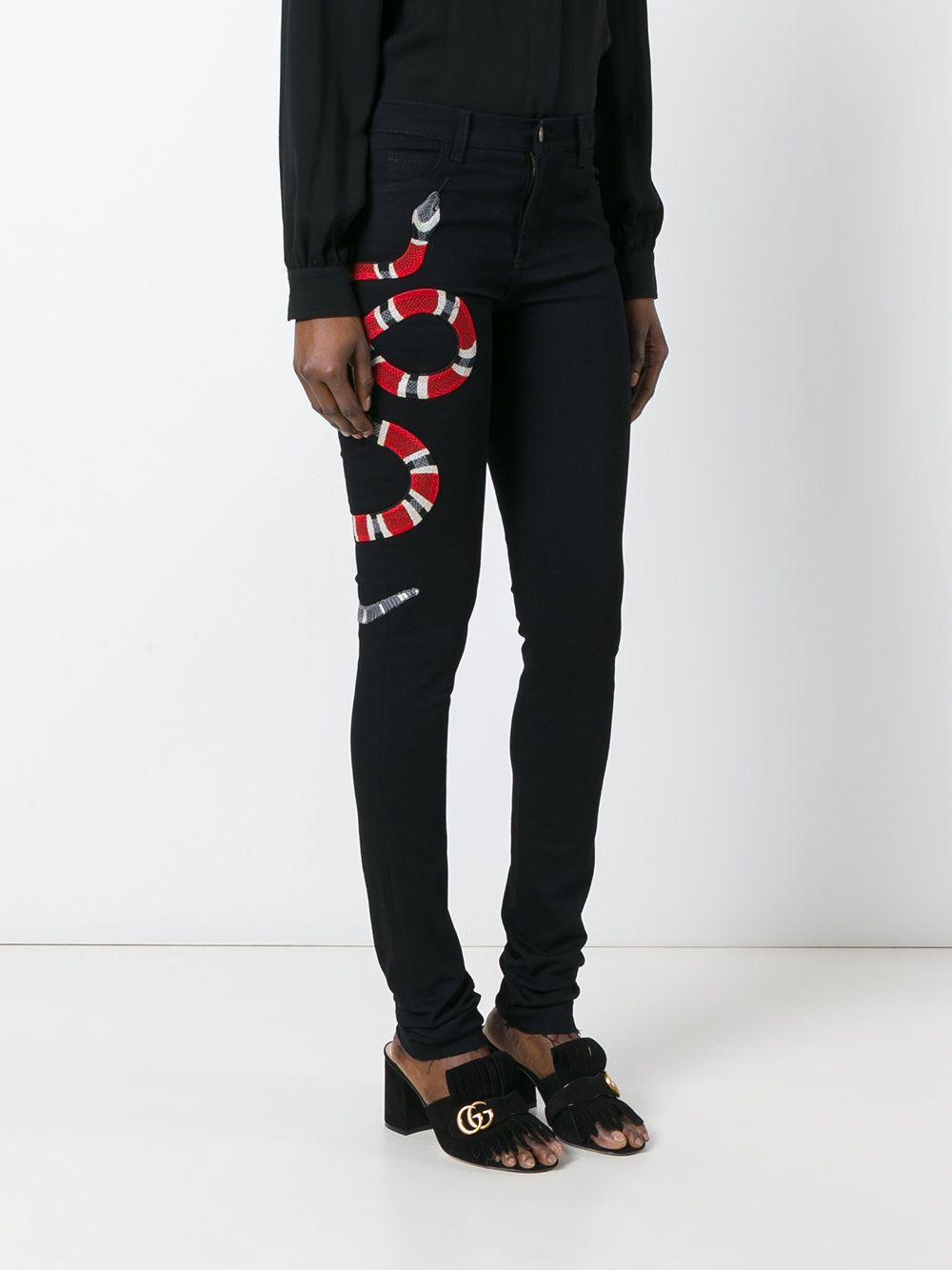 gucci snake embroidered skinny jeans fashion pinterest cols mode femme et v tements. Black Bedroom Furniture Sets. Home Design Ideas