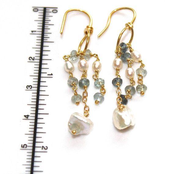 Moss Aquamarine Earrings Ombre Loop Earrings Long por FizzCandy