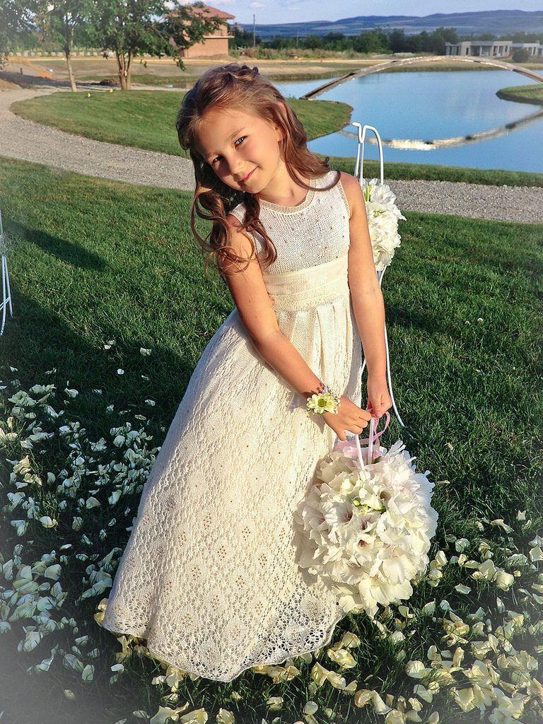 Knitted wedding dress  фотографияa