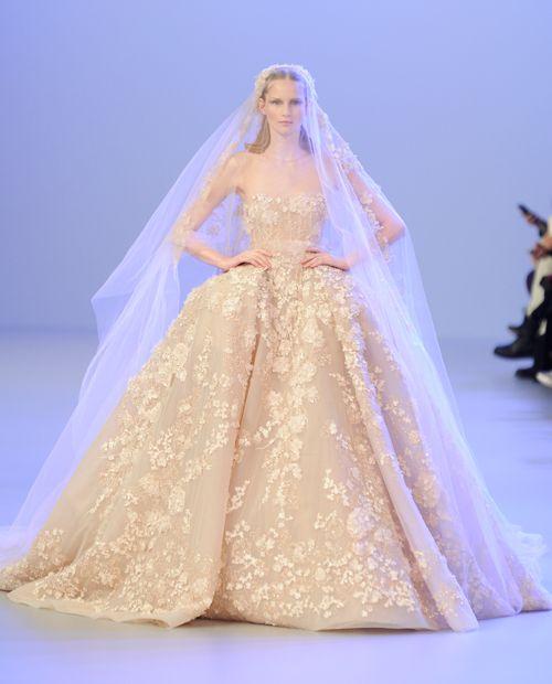 Heiraten wie eine Prinzessin - im Elli Saab Couture Wedding Dress #wedding #bride #weddingdress #ellisaab