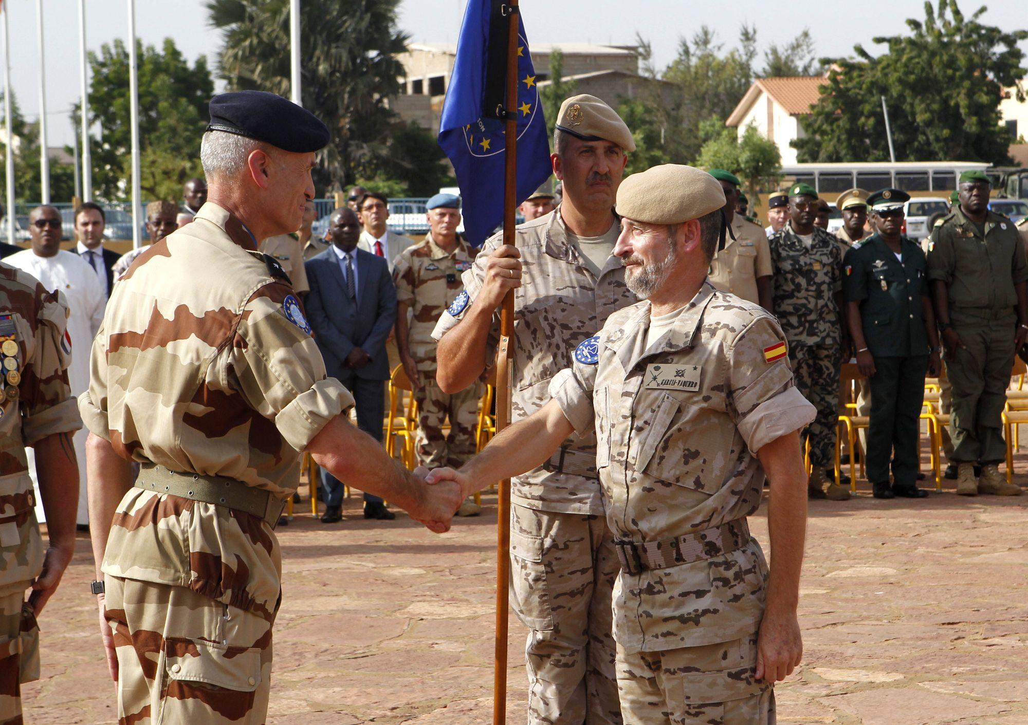 El general García-Vaquero releva en el mando de EUTM-Malí al general francés Marc Rudkiewicz