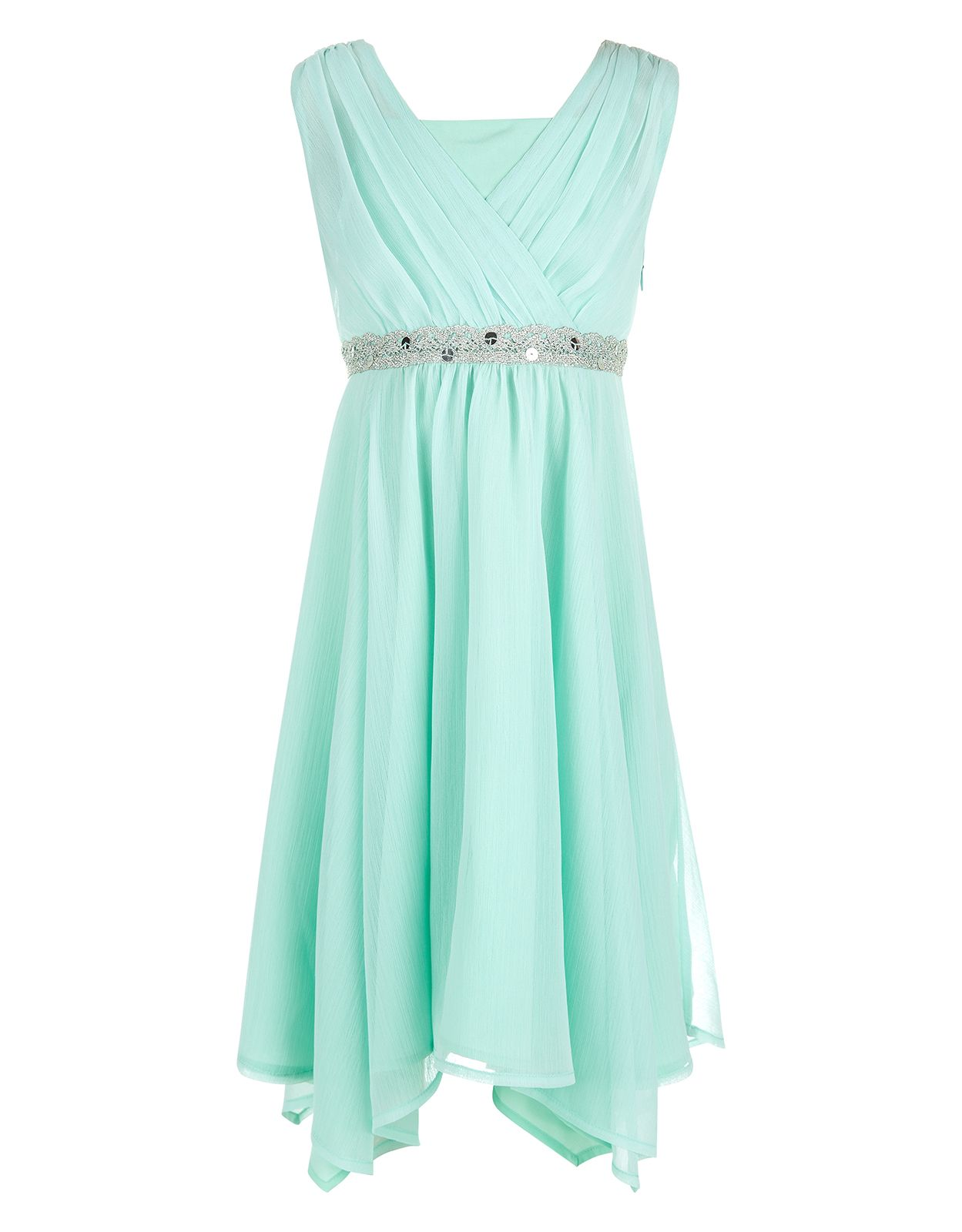 A beautiful bridesmaids dress in a beautiful wedding color ...