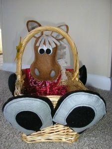 Diy easter horse basket equestrian holidays pinterest easter diy easter horse basket negle Choice Image