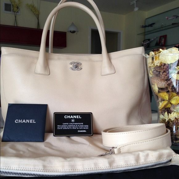 31e155153ced Authentic Chanel Executive Cerf tote 100% Authentic Chanel Executive Cerf  Tote