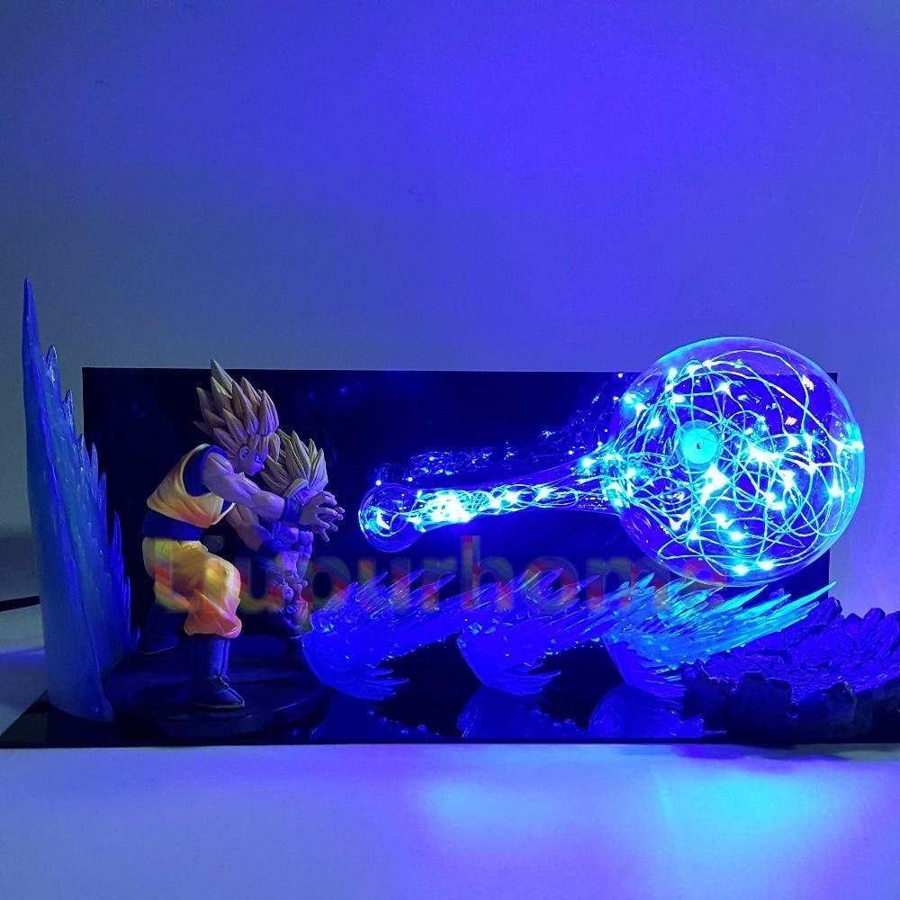 Lampe De Chevet Avec Figurine De Son Goku Et Son Gohan En Position