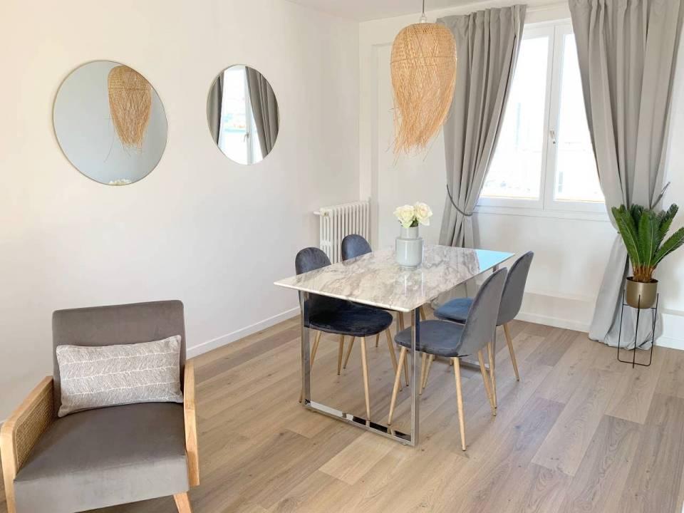 Le Vide Appartement De Agathe T A Paris En 2020 Vide Appartement Mobilier De Salon Appartement