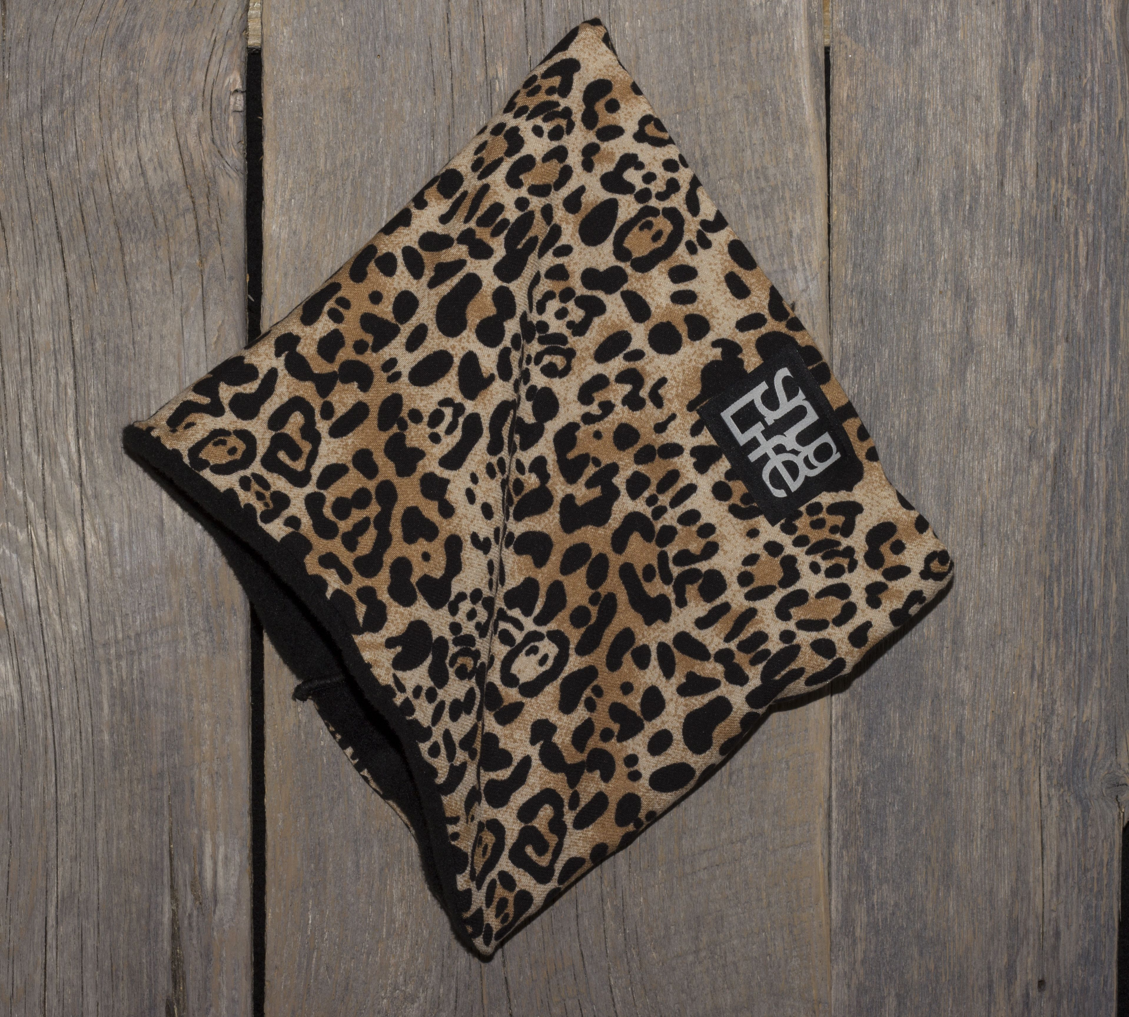 Cheetah Neck Warmer 26 00 Want This For Our Ski Trip In