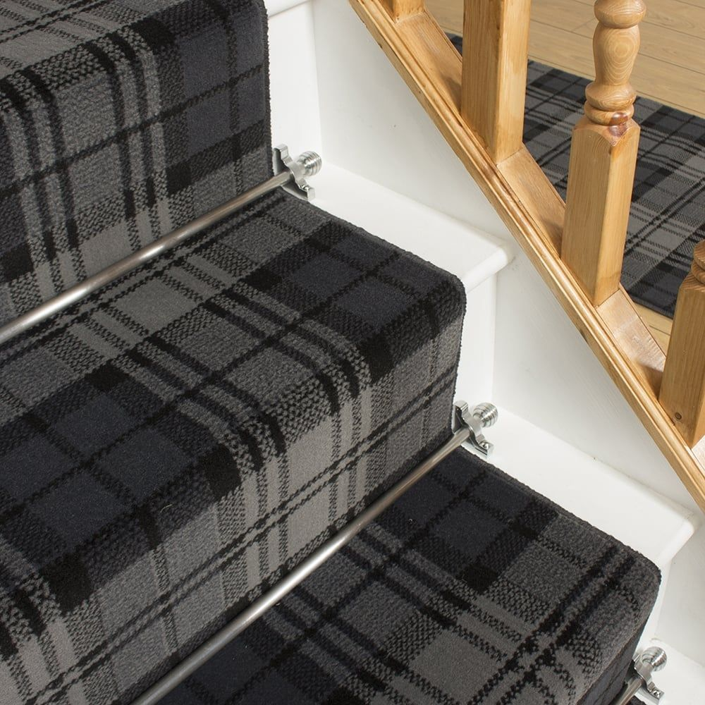 Best Tartan Black Stair Runner In 2020 Bedroom Carpet Colors 400 x 300