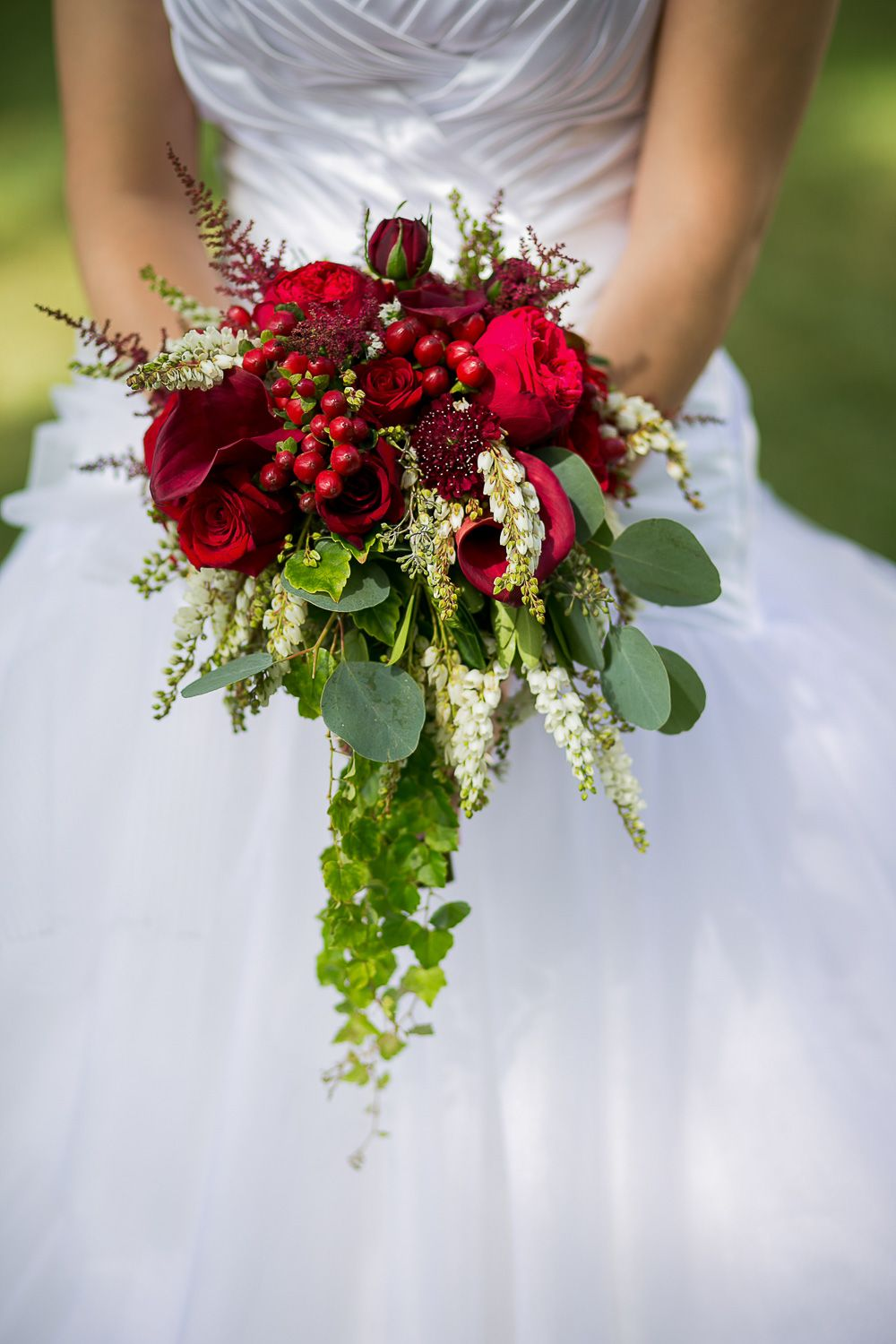 Wedding Flowers Bouquets. Red explosion bouquet.