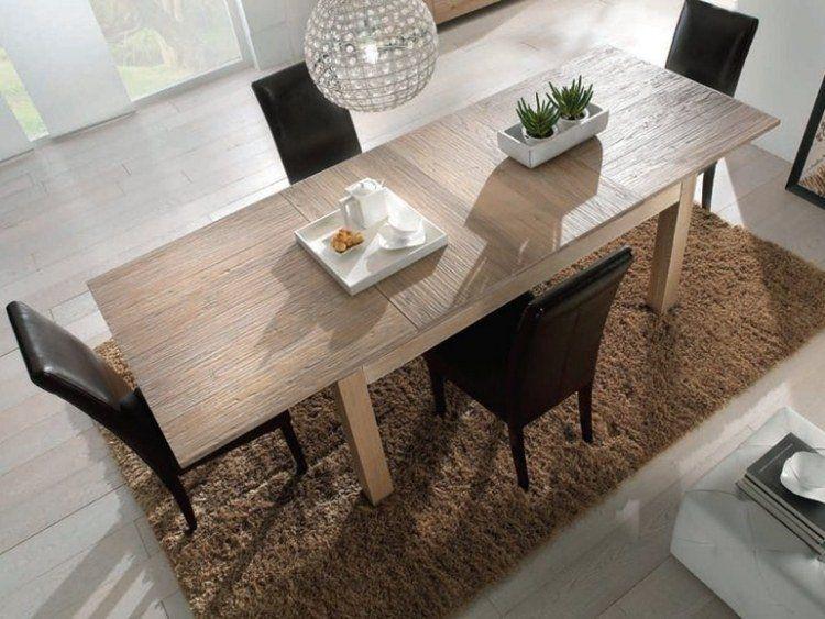 La table bois massif - le must have dans tous les domiciles!