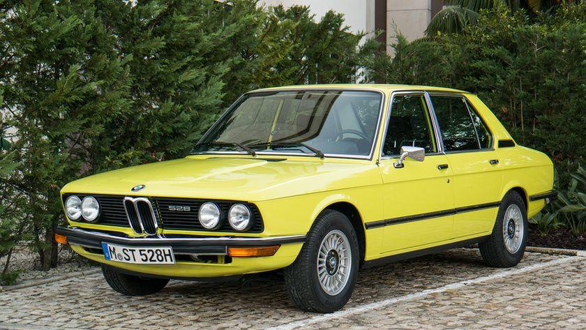 BMW 528 E12