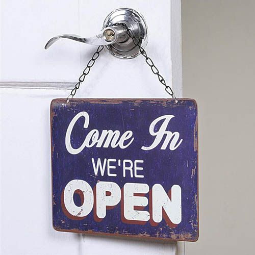 "Classic Open And Closed 16"" Hanging Sign For Shop"