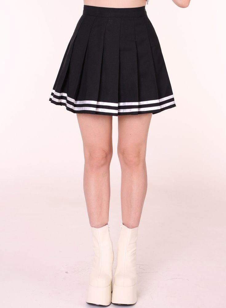 size 40 f2258 fbae4 Ready To Post - Black Cheerleading Skirt   black   Blusas de moda, Ropa y  Crear ropa