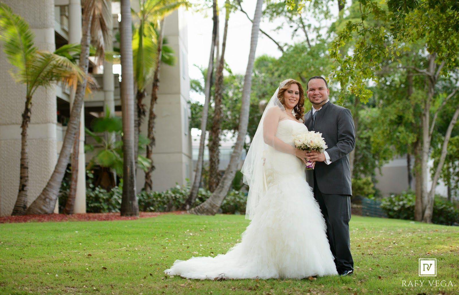 Rafy Vega Photography Fotografo De Bodas Wedding Photographer Ponce Puerto Rico Boda En Costa Caribe Golf Country Cl Wedding Wedding Dresses Portrait