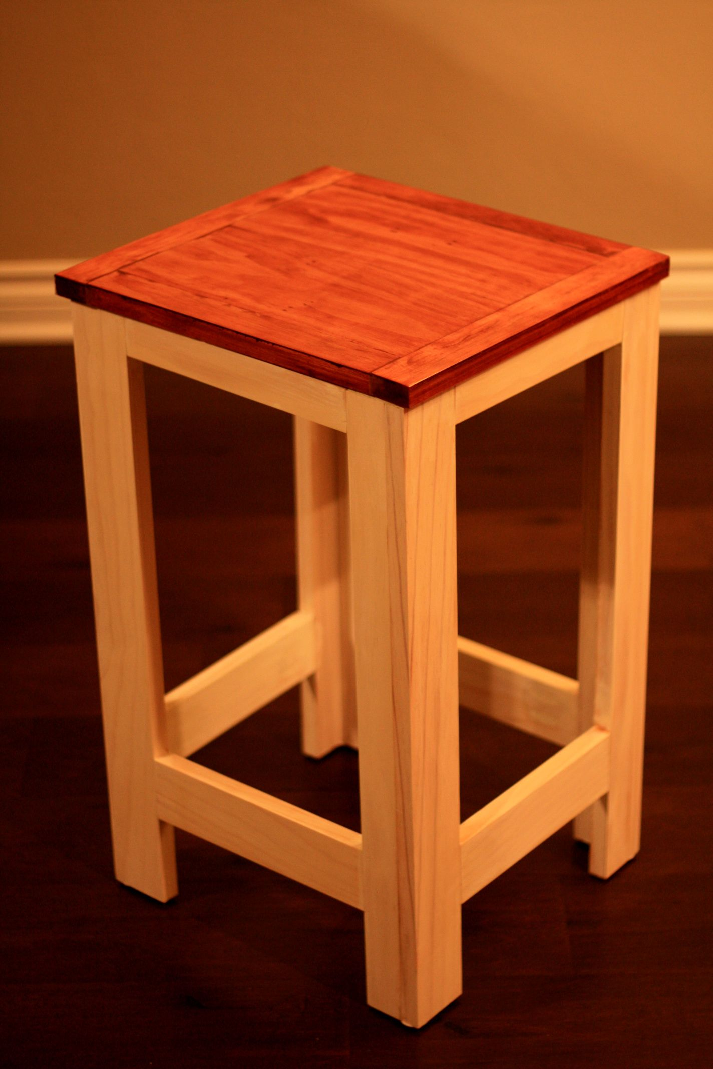 Ana White Work Stool DIY