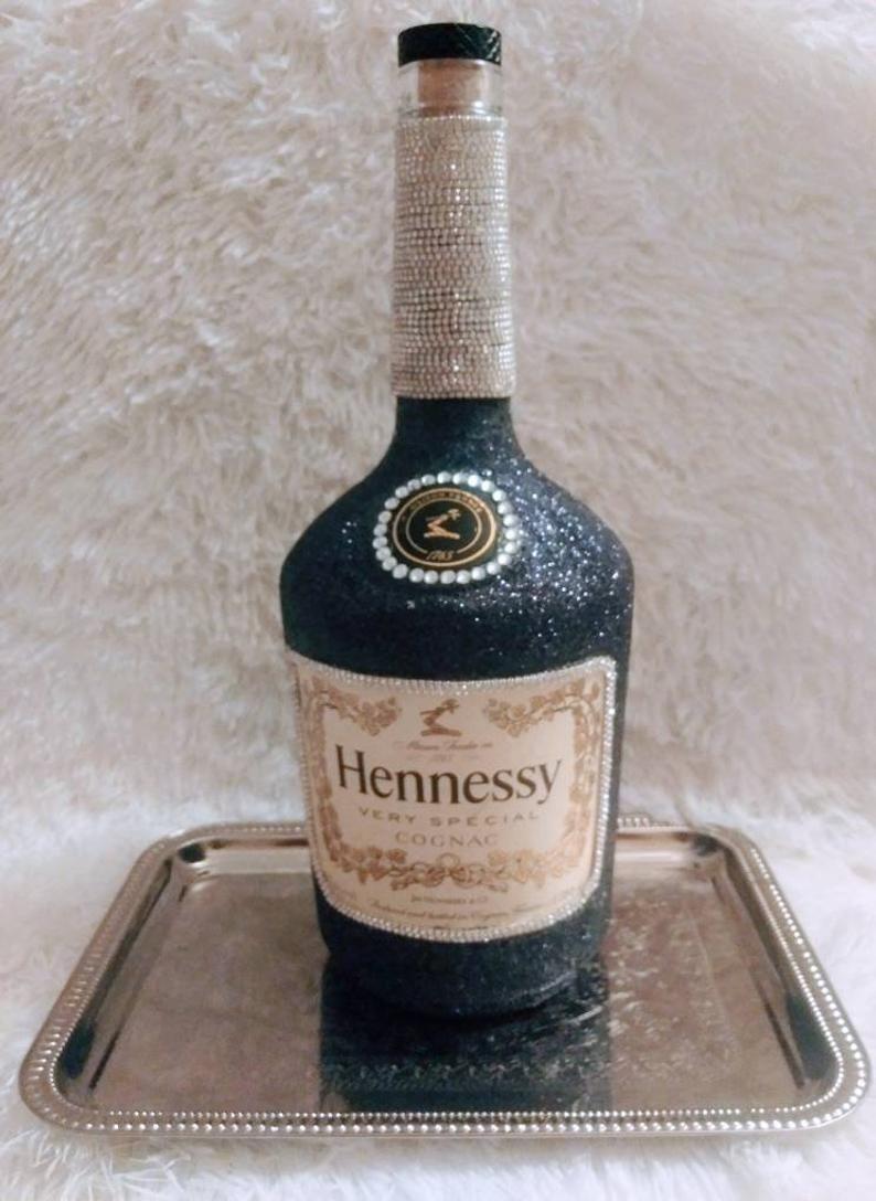 Bling Hennessey Bottle Hennessey Bottle Glitter Hennessey Etsy In 2020 Bedazzled Liquor Bottles Glitter Bottle Bottle