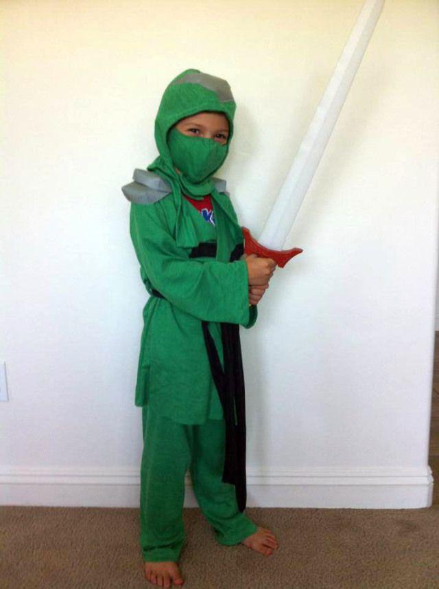 ninjago halloween ninjago kost m kost m und kleid. Black Bedroom Furniture Sets. Home Design Ideas