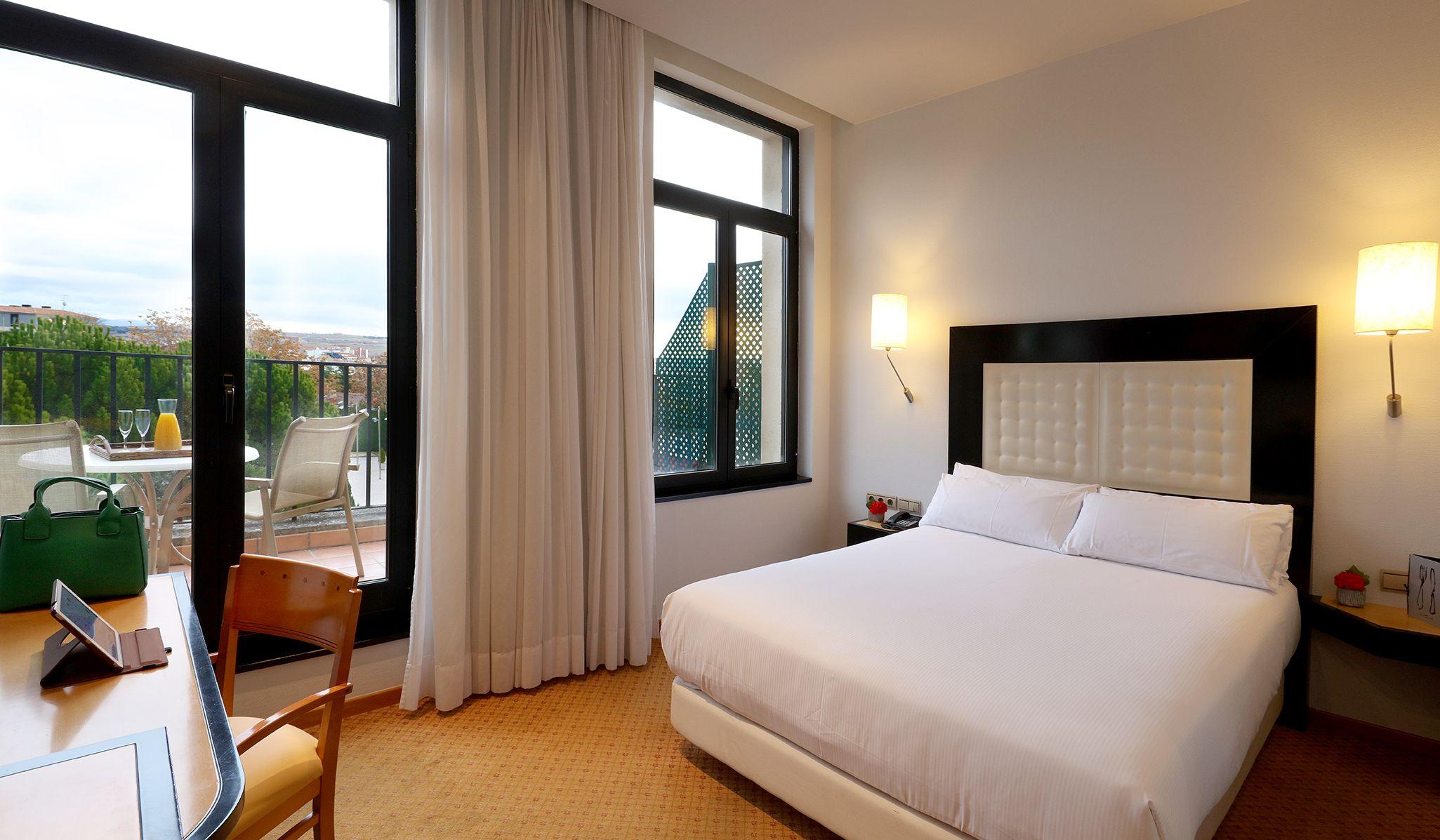 Abba Burgos Hotel S Hotel En Burgos Habitacion Abba Deluxe