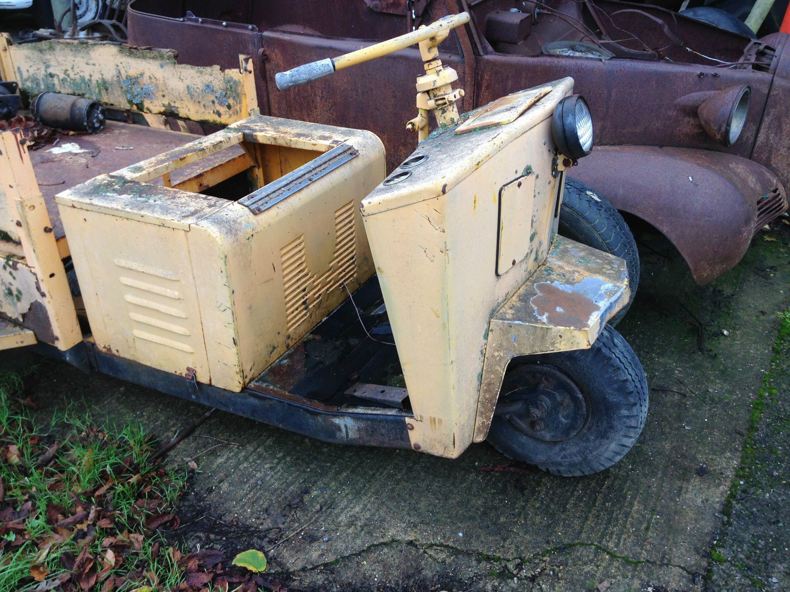 1950's Cushman utility truck pickup project or Hotrod  V8 Yard art Garden Object in Cars, Motorcycles & Vehicles, Classic Cars, American | eBay