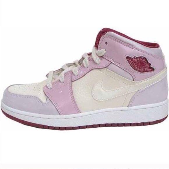 Women's Nike Air Jordan 1 Retro