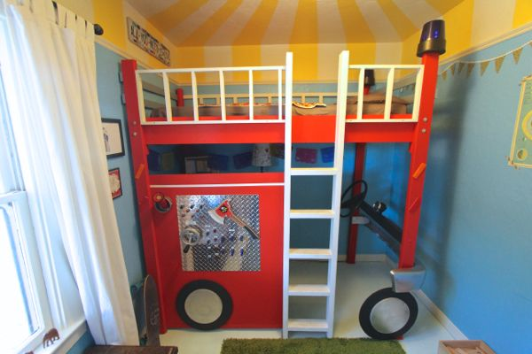 Etagenbett Baby One : Custom diy fire truck bunk bed a room for wee one