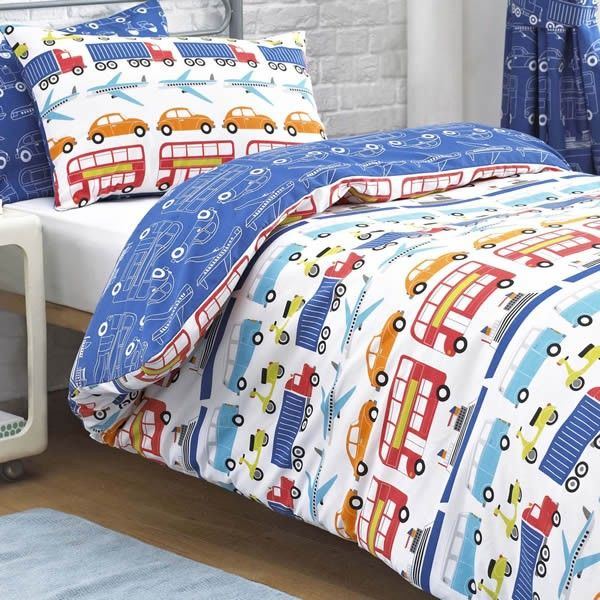 Made From 100 Cotton This Children S Duvet Cover Set Is Both Durable And Comfortable Cot Bed