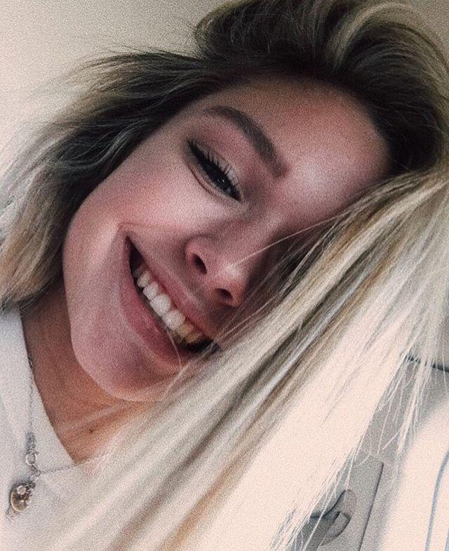 tumblr selfie hübsches, junges mädchen