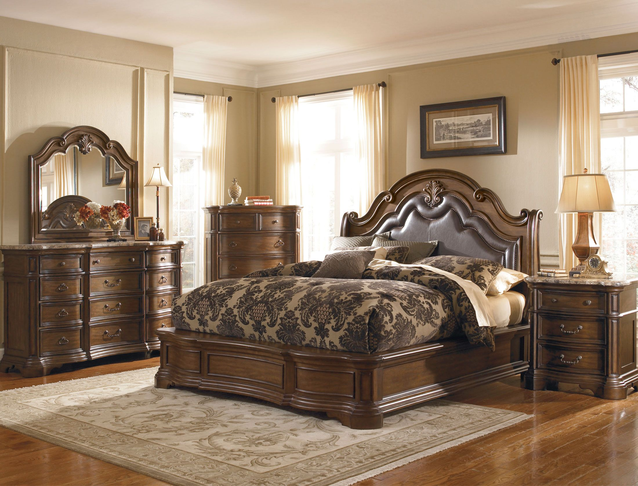 Bedroom Boards Collection the courtland collection has a stately traditional look with a