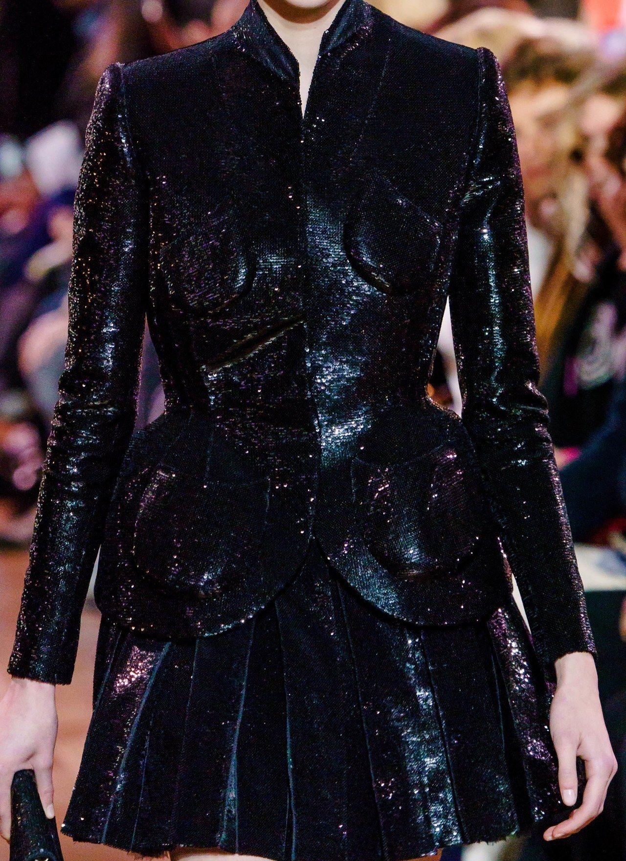 Schiaparelli Haute Couture S/S 2019 - #details #runway #schiaparelli