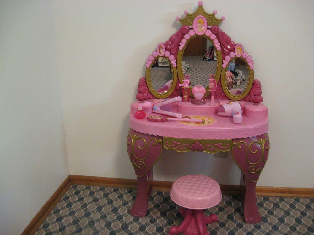Disney Princess Toy Vanity Belle Cinderella Sleeping Beauty Talking Mirror Disney Princess