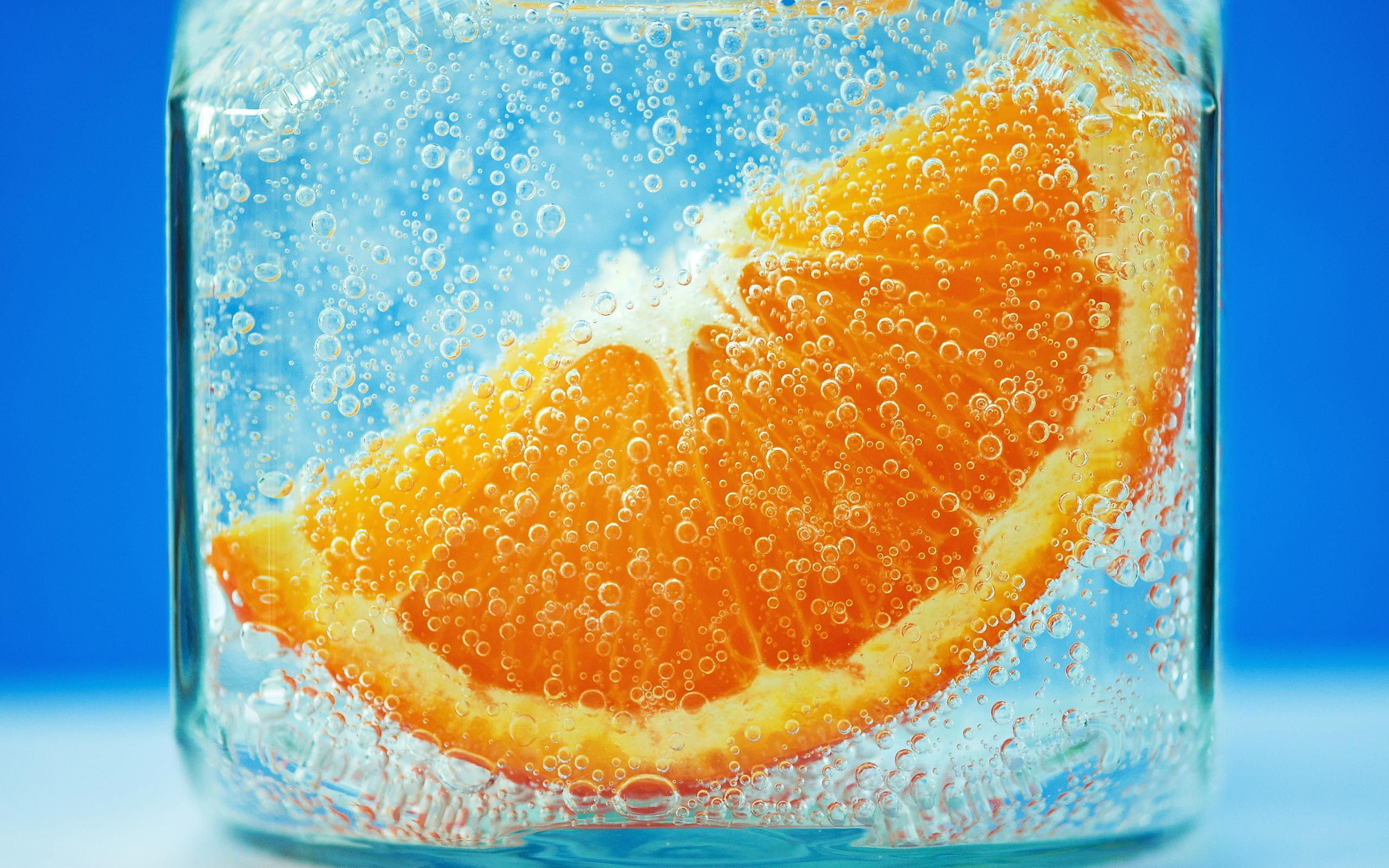Fresh Orange Wallpapers Very Attractive And Heart Interesting Now You Can Download Free For Mobiles And Computers Laptop Ba Fruit Fruit Wallpaper Orange Slices