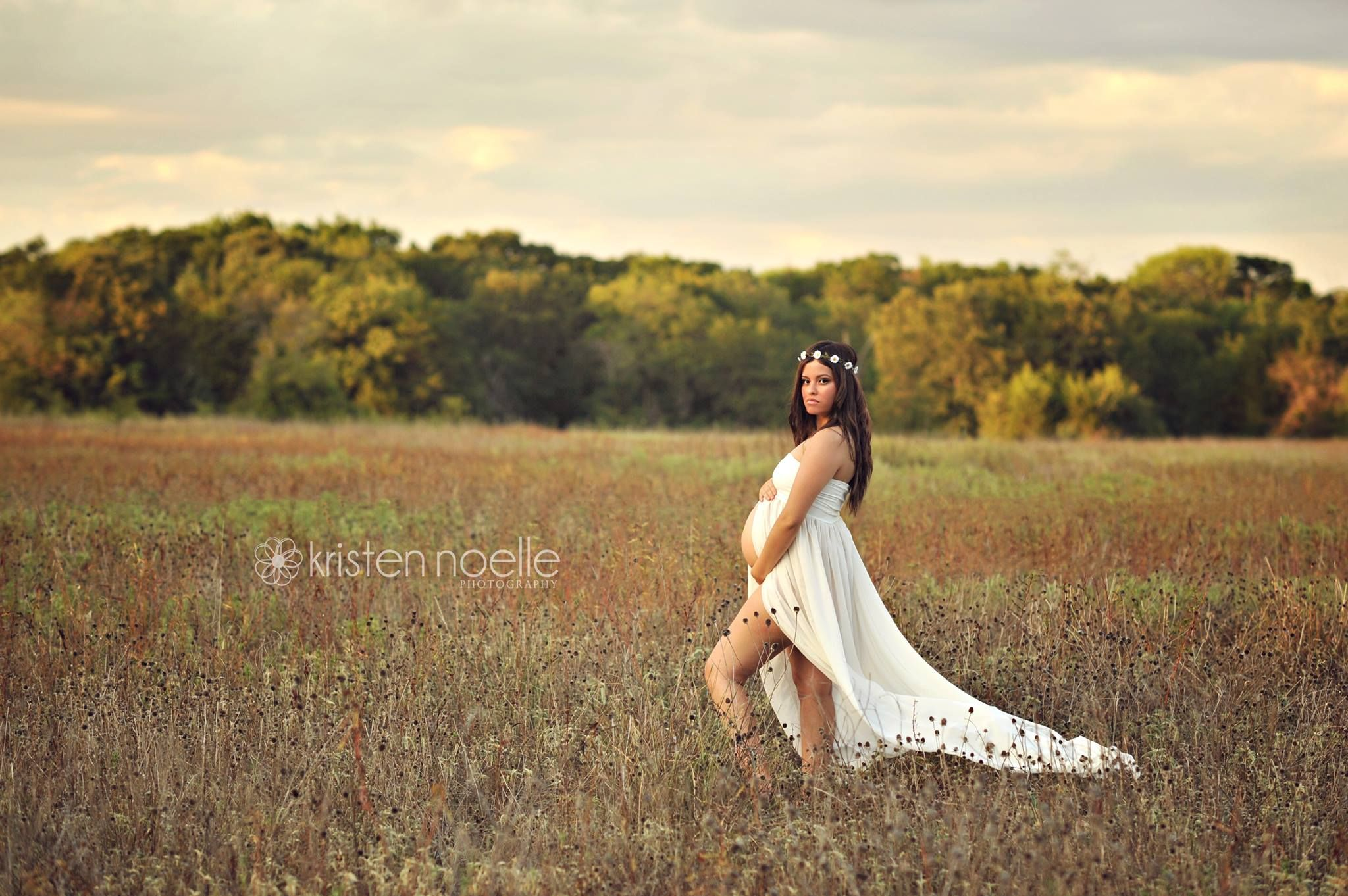 dc39f3921de82 Love this for maternity pictures. flow-y dress and flower crown and cowgirl  boots during a sunset in a field somewhere. :)