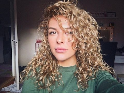Curly hair routine/Growth and strength/Natural curls - YouTube