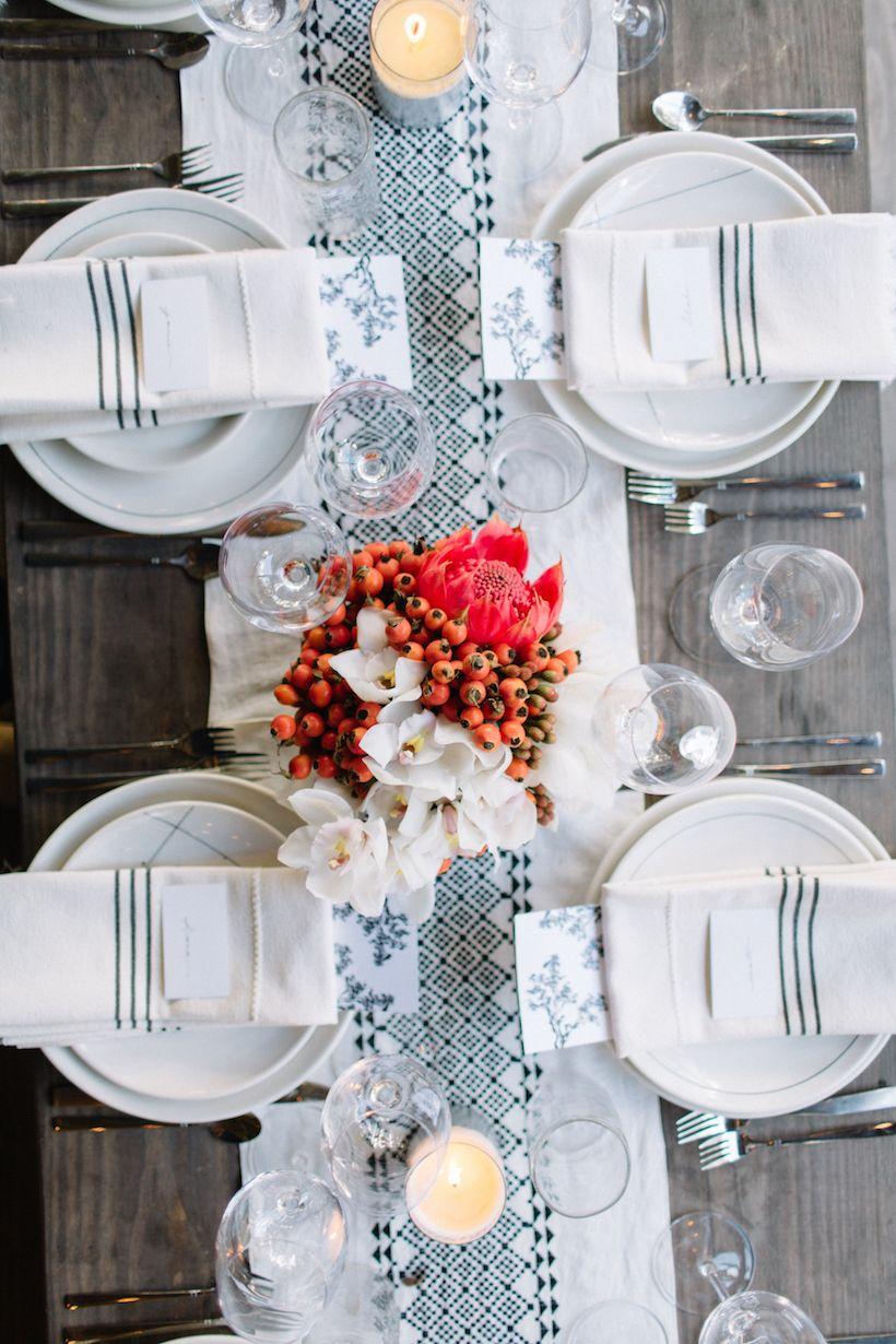 An Unforgettable Dinner Party With Raven Lily Deco Table Decoration Et Art De La Table