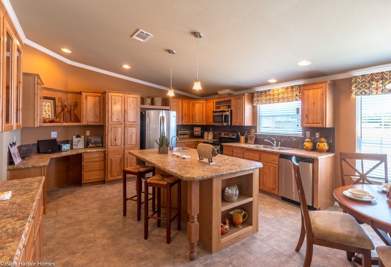 What's not to about this kitchen in The Bonanza Flex ... on palm harbor floor plans 2007, bonanza home floor plan, palm harbor double wides, pecan palm harbor manufactured home plan, color floor plan, palm harbor community center,