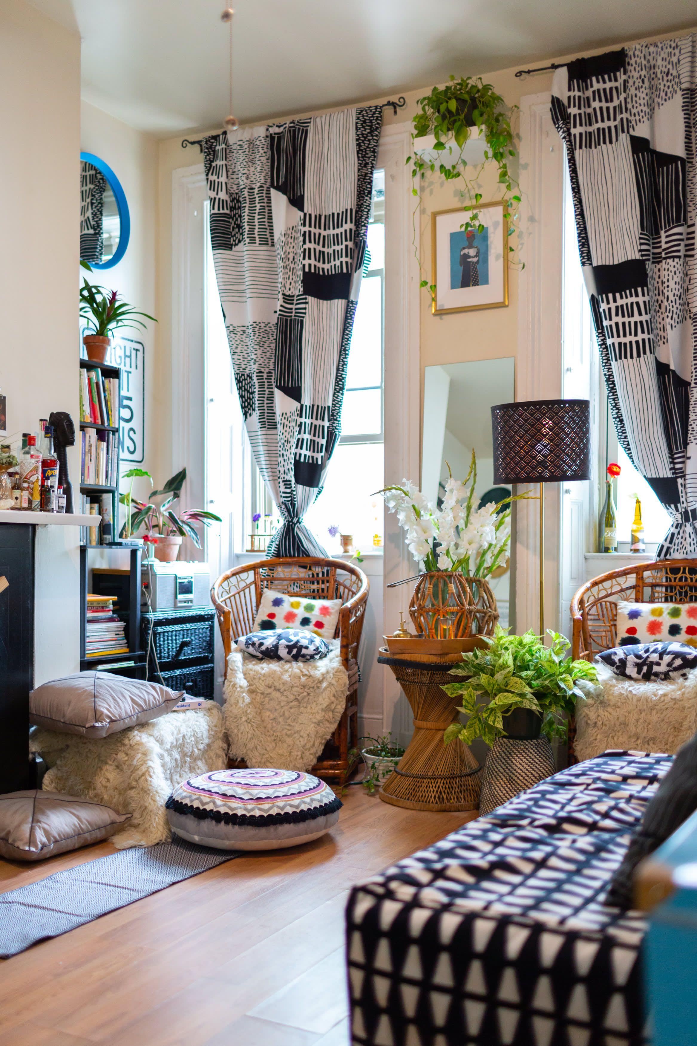 A Baker S 250 Square Foot Studio Celebrates Art Women And Creativity Tiny Studio Apartments Art Studio At Home Decor