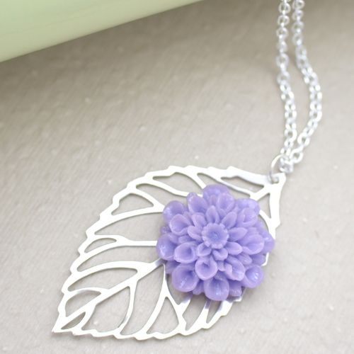 'Lavender Purple Chrysanthemum and Silver Leaf Necklace' is going up for auction at  9am Tue, Jun 19 with a starting bid of $6.