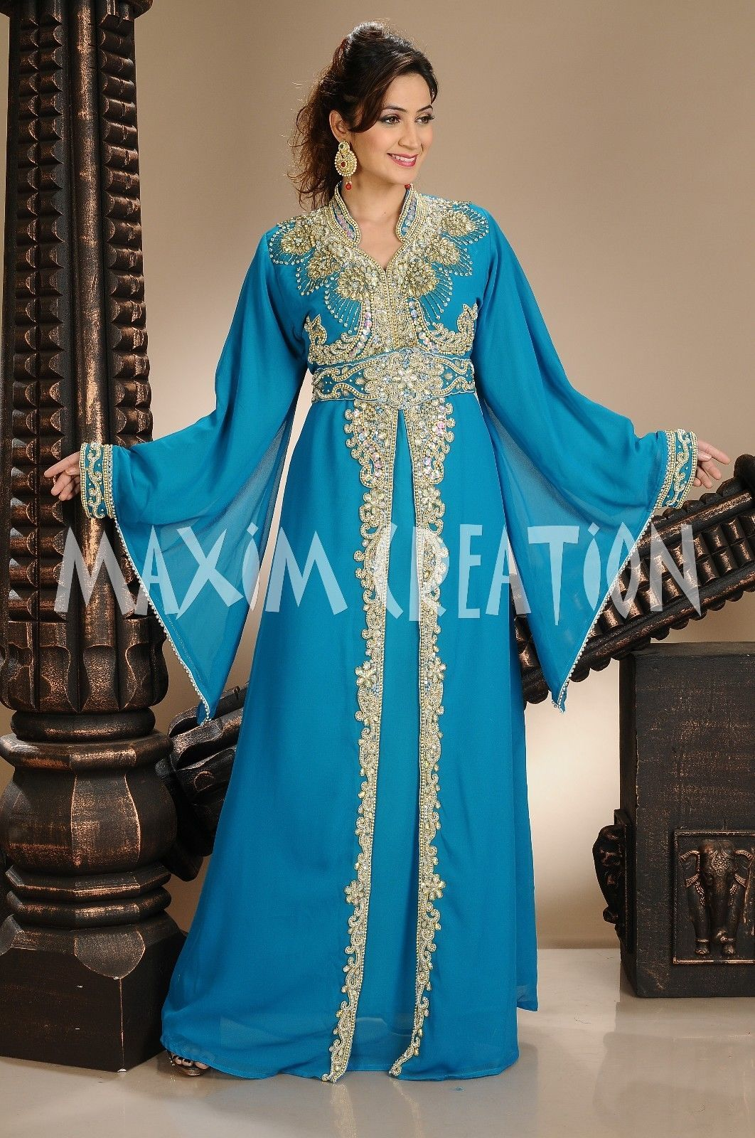 Image tour maghribi dress