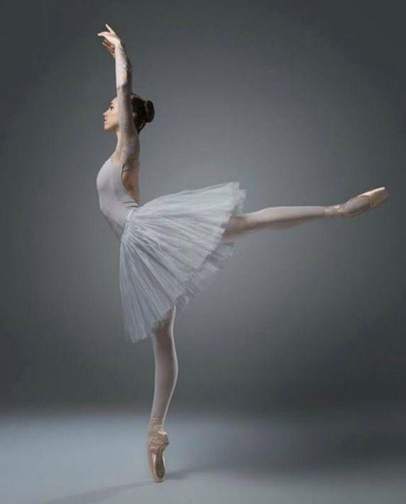Ballerina Isobelle Dashwood - Australian Ballet School - Photo by Taylor-Ferné Morris Photography