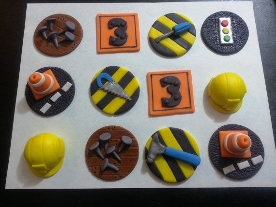 Best 25+ Construction cupcakes ideas on Pinterest | Digger party, Construction theme and ...