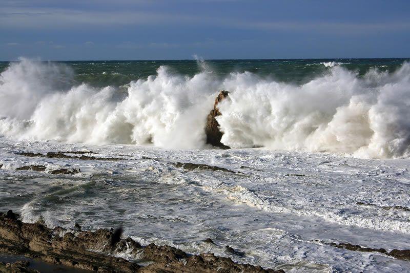 Mar de fondo es un evento meteorológico que puede preverse: científico de la UNAM - http://webadictos.com/2015/05/30/mar-de-fondo-evento-meteorologico/?utm_source=PN&utm_medium=Pinterest&utm_campaign=PN%2Bposts