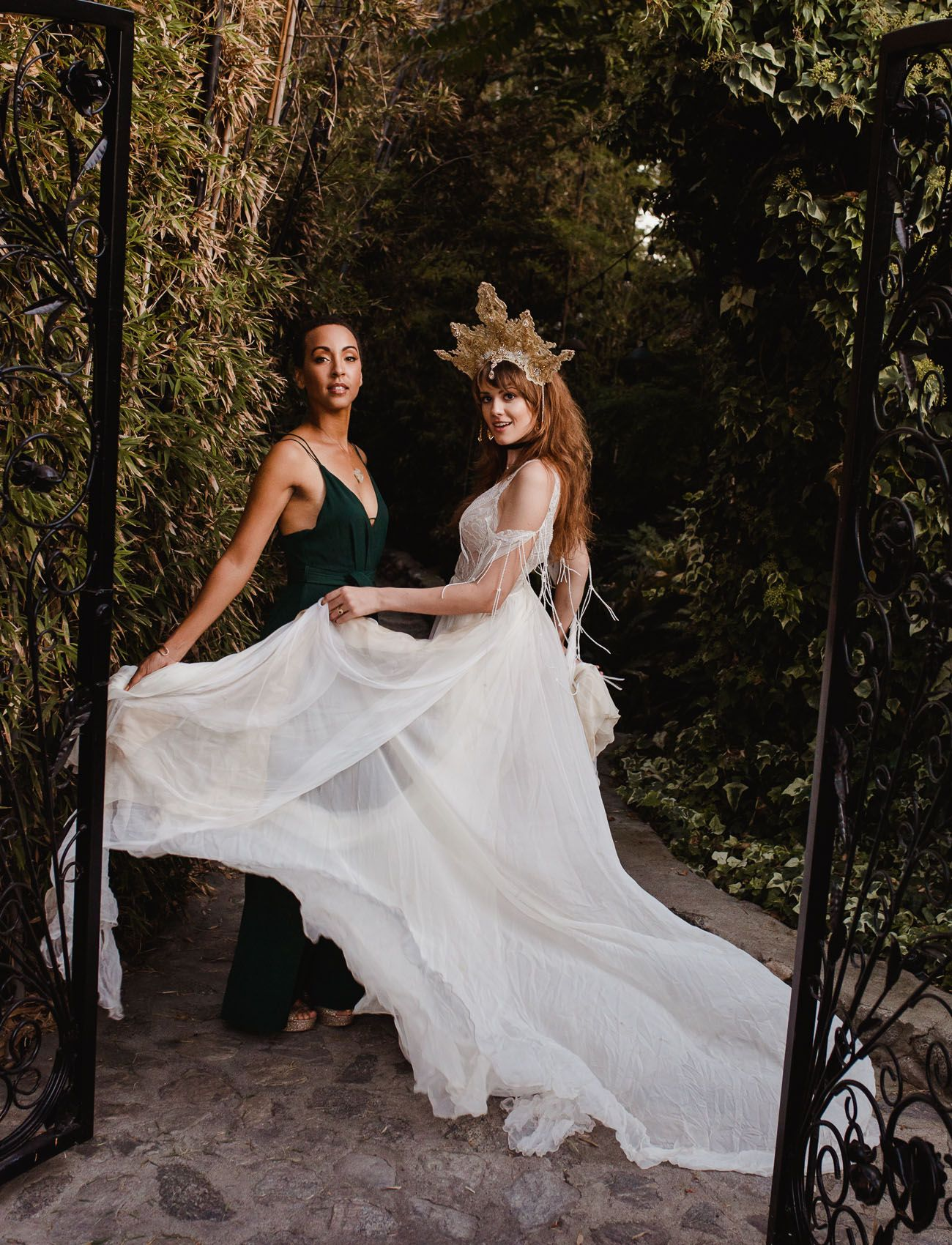 Gold Dust Women Witchy Stevie Nicks Inspired Wedding In The Shadow Hills Green Wedding Shoes Wedding Inspiration Wedding Boho Wedding Gowns [ 1700 x 1300 Pixel ]