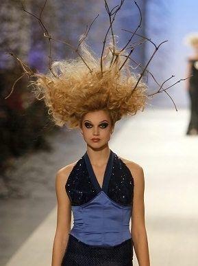 Peinado natural.