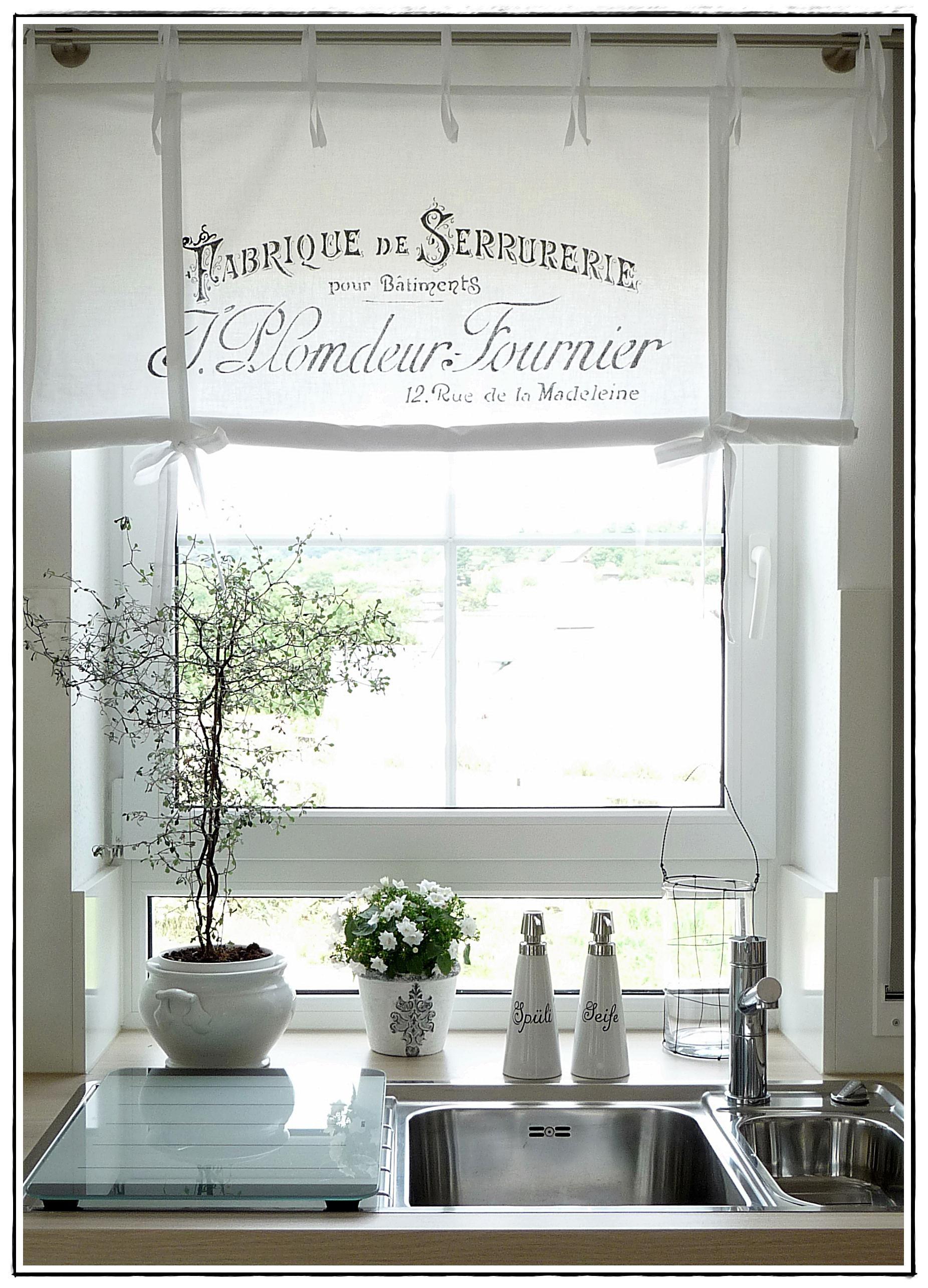 das Küchenfenster | Raffrollo, Neuer und Gardinen