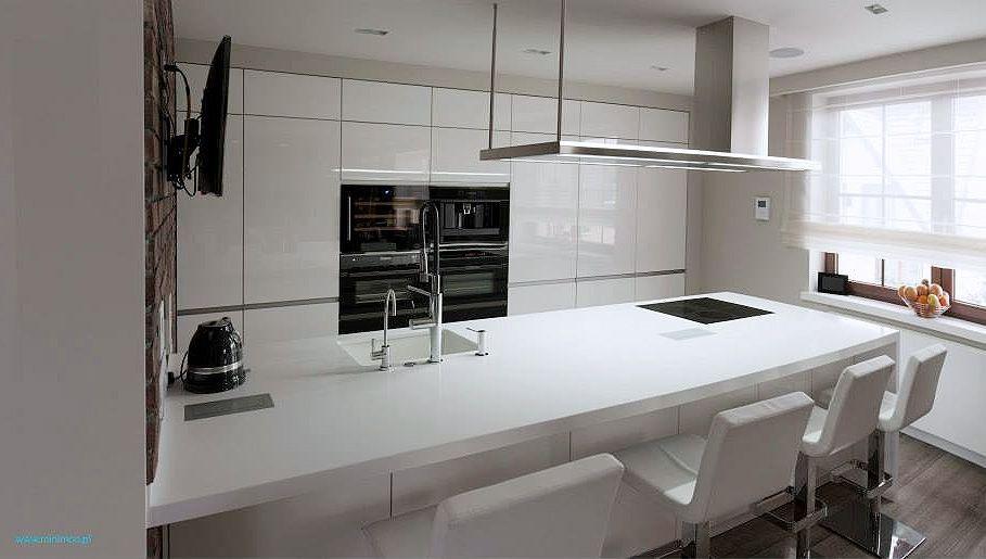 Foorni Pl Biala Nowoczesna Kuchnia Z Polwyspem Projekt Minimoo Pl Home Decor White Kitchen Decor