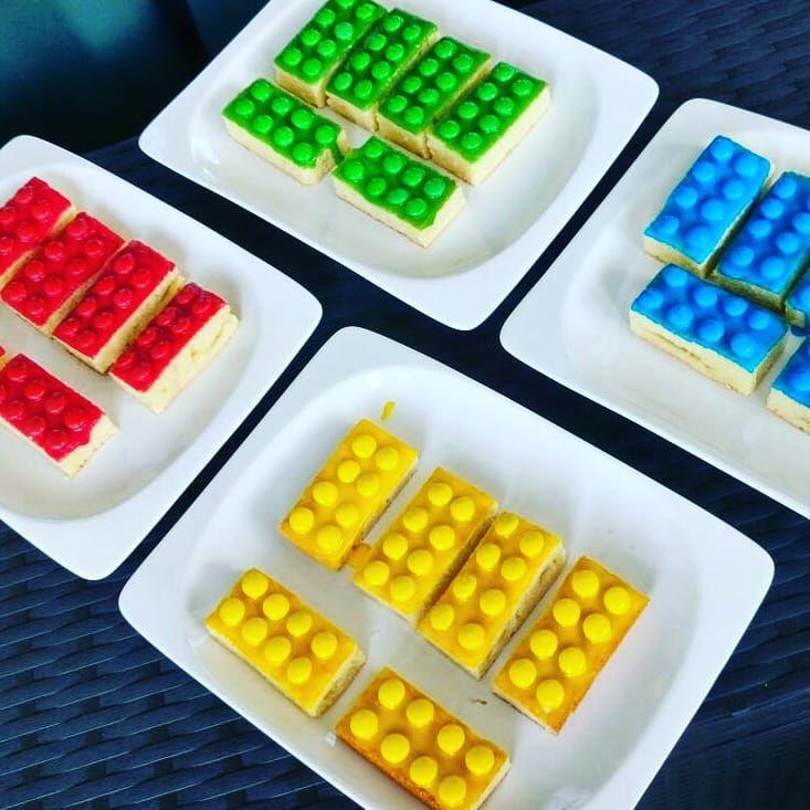 TADAAAA! Eine der besten Kuchen-Ideen für alle Eltern mit LEGO Fans! Danke @pin…