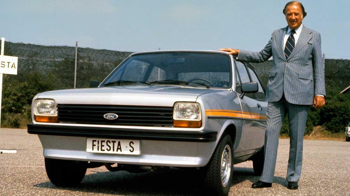 Ford Fiesta. La primera generación del Ford Fiesta se lanzó en 1976, se ha vendido en todo el mundo y ya va por su sexta generación.