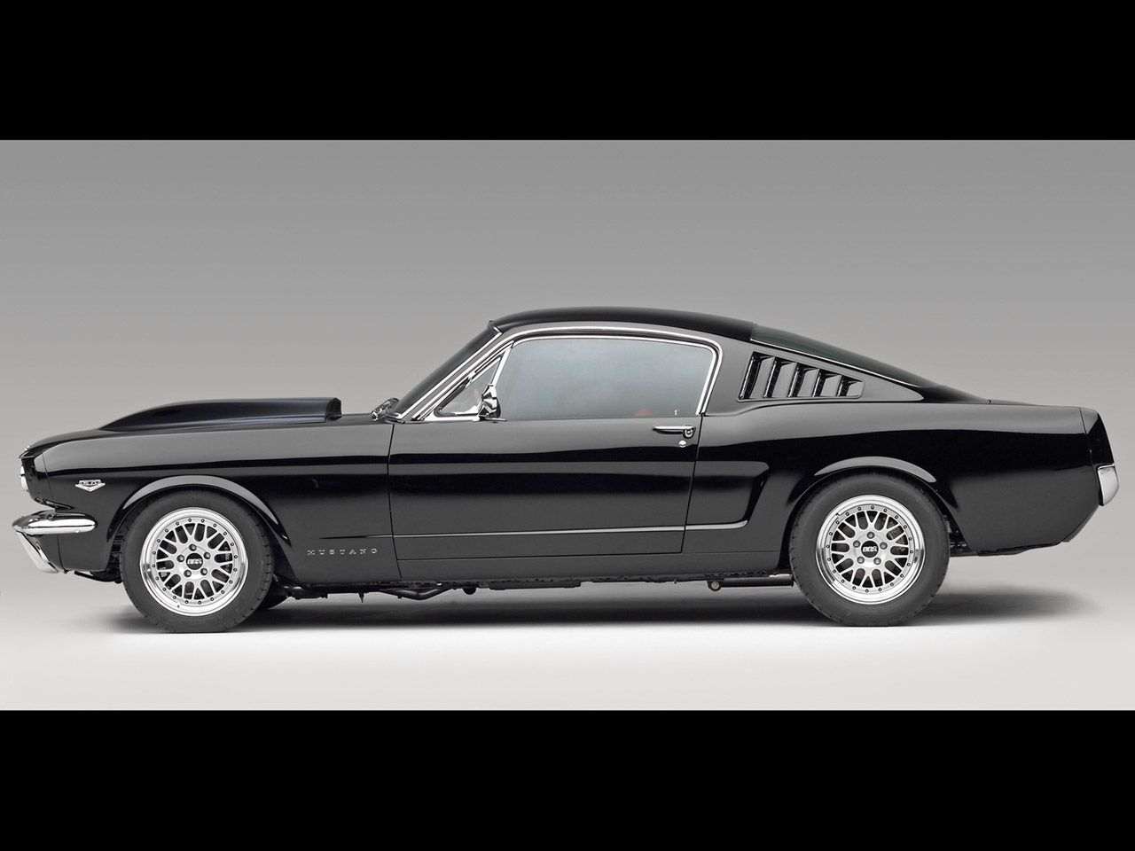 Nice black ford mustang gt 2013 car images hd black ford mustang gt 2013 wallpaper show cars pict