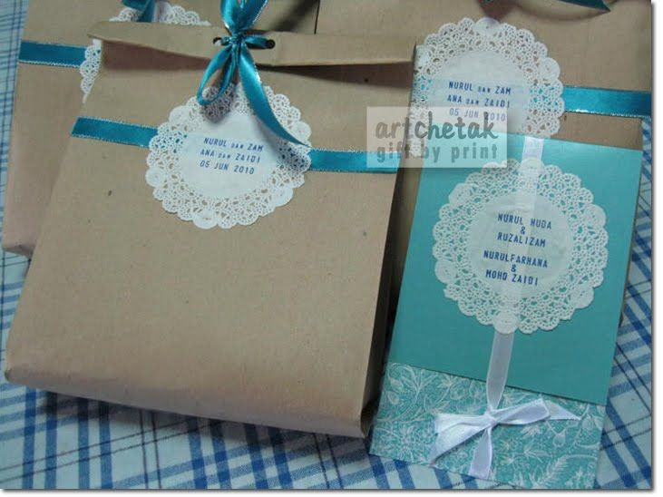 Wedding Gift Bags Malaysia : Brown Paper Gift Bags Paper doily + brown paper bag = ? SOLO COMO ...
