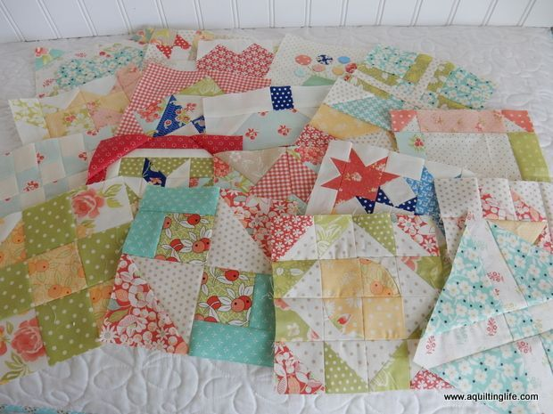 Happy Monday! Hope your weekend was a great one! I've been trying to get caught up with my Splendid Sampler blocks...and I've got three more to share with you today!  I'm up to 19 blocks, and I love t